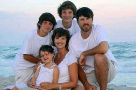 Phil's son Jase and his family